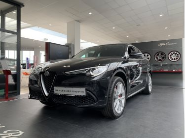Foto des Fahrzeugs Alfa Romeo Stelvio Super 2,0 Turbo AT8 Q4 Navi Xenon Sitzh.